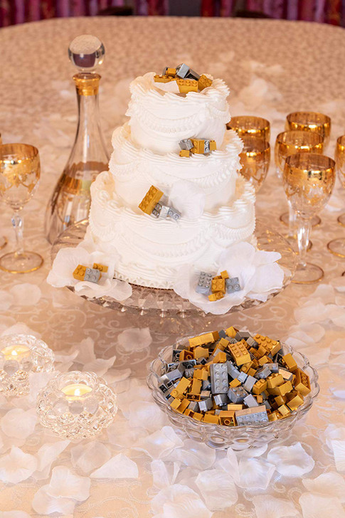 Classic Briks 400 Piece Wedding Decor Building Set - 100% Compatible with All Major Brands - Silver and Gold