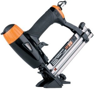 Freeman  MINI FLOORING NAILER STAPLER & BRAD NAIL/ FINISH STAPLE GUN PFBC940 NEW