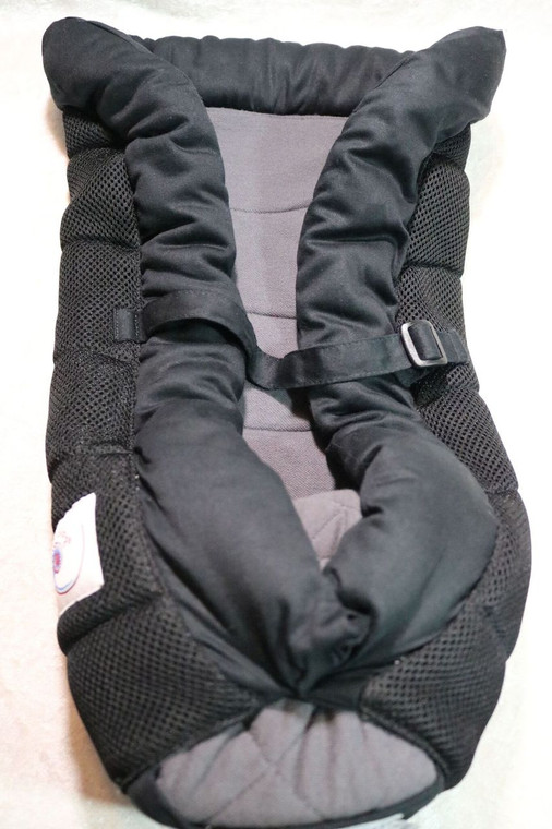USED Ergobaby Infant Insert 7-12lbs