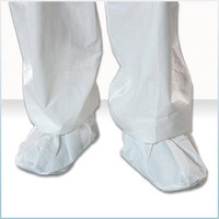 Cleanroom Shoe Covers, Extruded Polypropylene, MaxGrip Sole, Medium, White, 100 pairs/case  by Cleanroom World