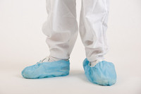 Shoe Covers, Polypropylene, Non Skid, Light Blue By Cleanroom World