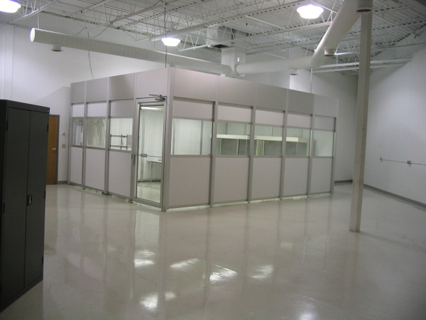 Modular Hardwall Cleanrooms by Cleanroom World