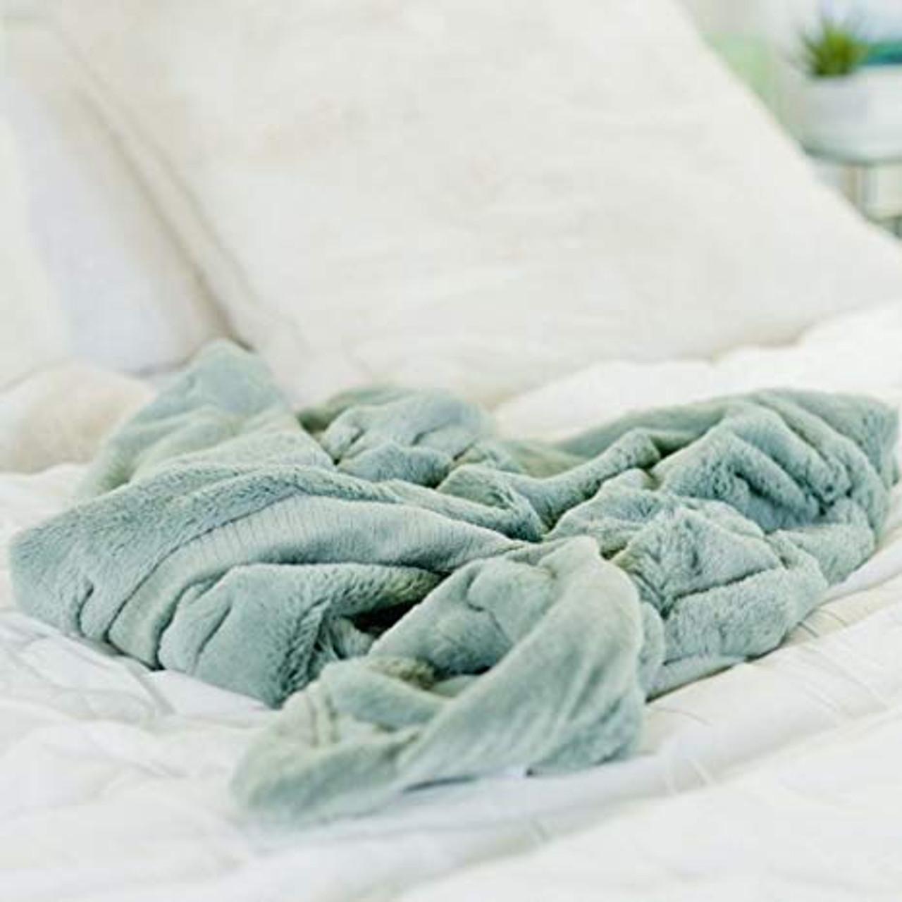 Extra Large Lush Blanket by Saranoni