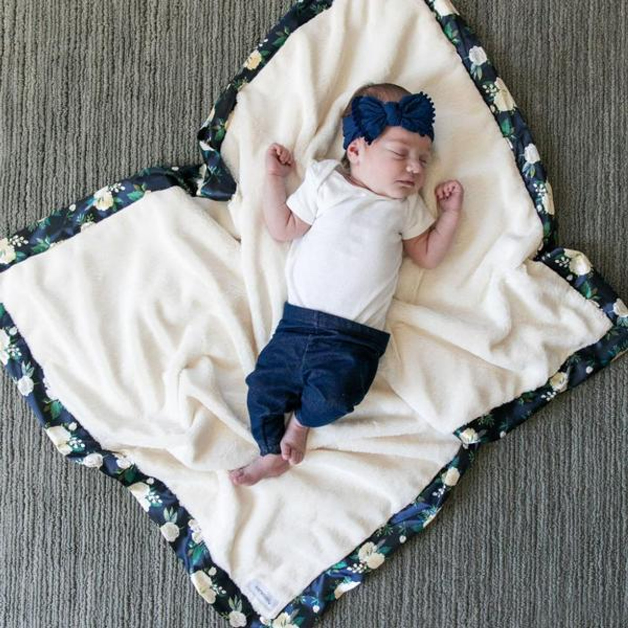Gray Lush Navy Twinkle Star Satin Border, Receiving Blanket 30 x 40 Saranoni Satin Border Receiving Blankets for Babies Super Soft Lush Luxury Baby Blanket