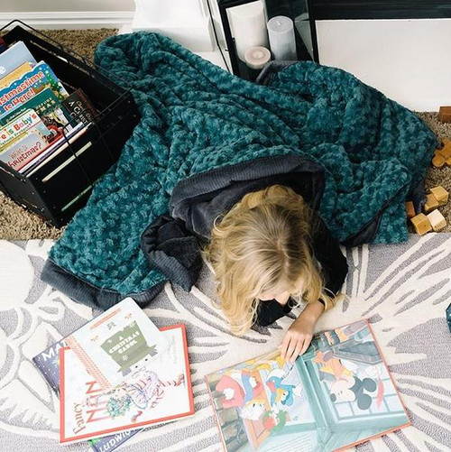 LARGE Toddler/Teen Lush Blankets by Saranoni