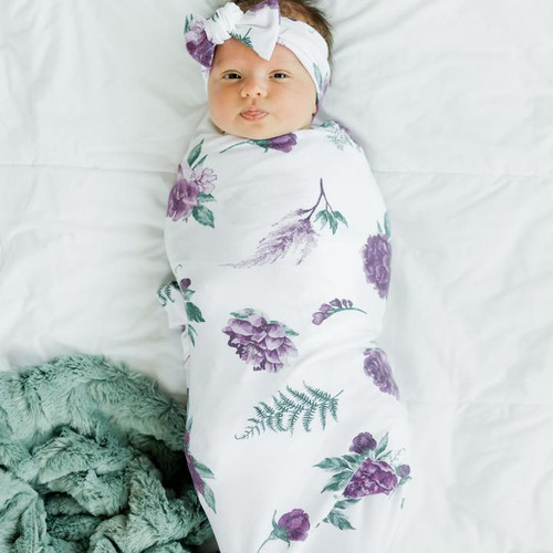 Stretchy Swaddle by Saranoni