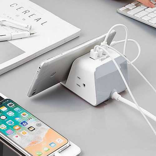 RapidX Wireless USB Outlet Charger base and station