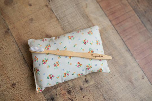 Bamboo Toothbrush set of 4 Mariposah