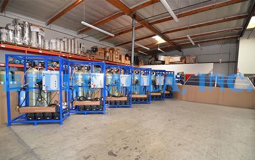 Sistema de Filtragem Multimídia Movido a Energia Solar 6 x 8 GPM - Camarões