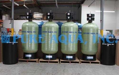 Sistemas de Descalcificadores Duplos Alternados de Água 2 x 185 GPM - Arábia Saudita