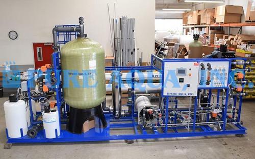 Sistema Industrial de Osmose Reversa e EDI - 75,000 GPD - Angola