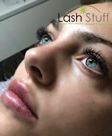 photo-of-eyelash-extensions-ana-troccoli.jpg