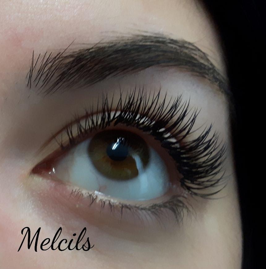 woman-with-eyelash-extensions-lash-stuff.jpg