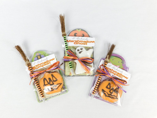 Halloween pad with Witch's broom pen and a handmade marshmallow Gosht or Pumpkin.