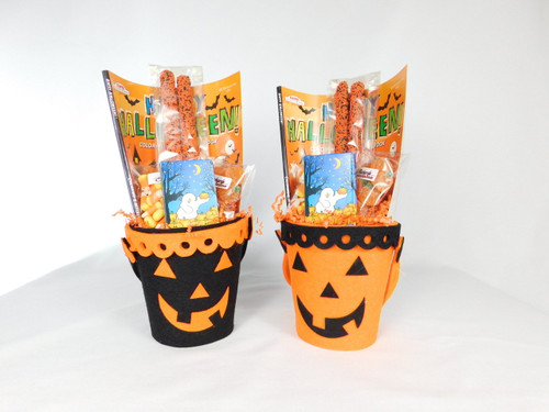 This Felt Halloween Pale contains, coloring book, box a crayons, 2 chocolate covered pretzel rods, 2oz. candy corn and 2oz. jelly pumpkins.