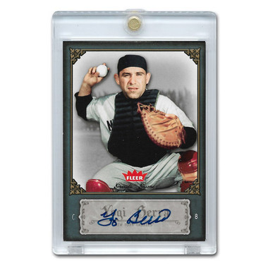 Yogi Berra Autographed Card 2006 Fleer Greats of the Game