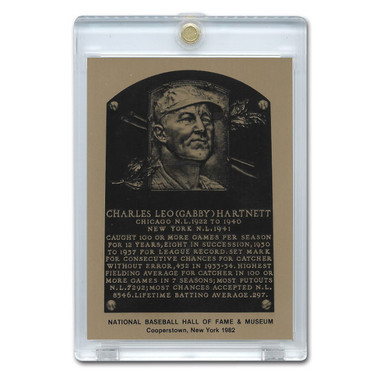 Gabby Hartnett 1982 Hall of Fame Metallic Plaque Card