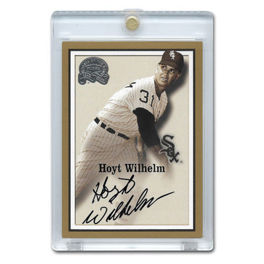Hoyt Wilhelm Autographed Card 2000 Fleer Greats of the Game