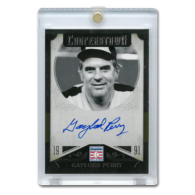 Gaylord Perry Autographed Card 2015 Panini Cooperstown # 19