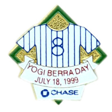 New York Yankees 1999 Yogi Berra Day Stadium Chase Pin