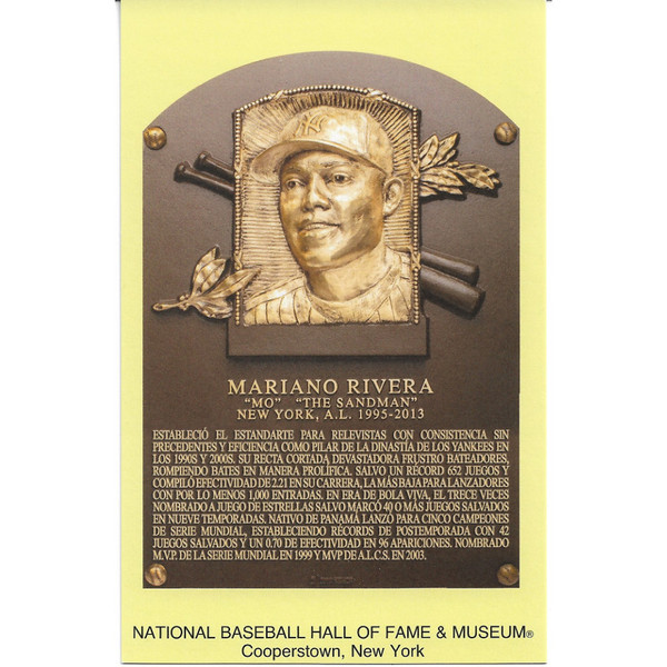Mariano Rivera Baseball Hall of Fame Plaque Postcard (Spanish)