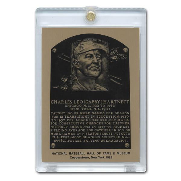 Gabby Hartnett 1982 Hall of Fame Metallic Plaque Card