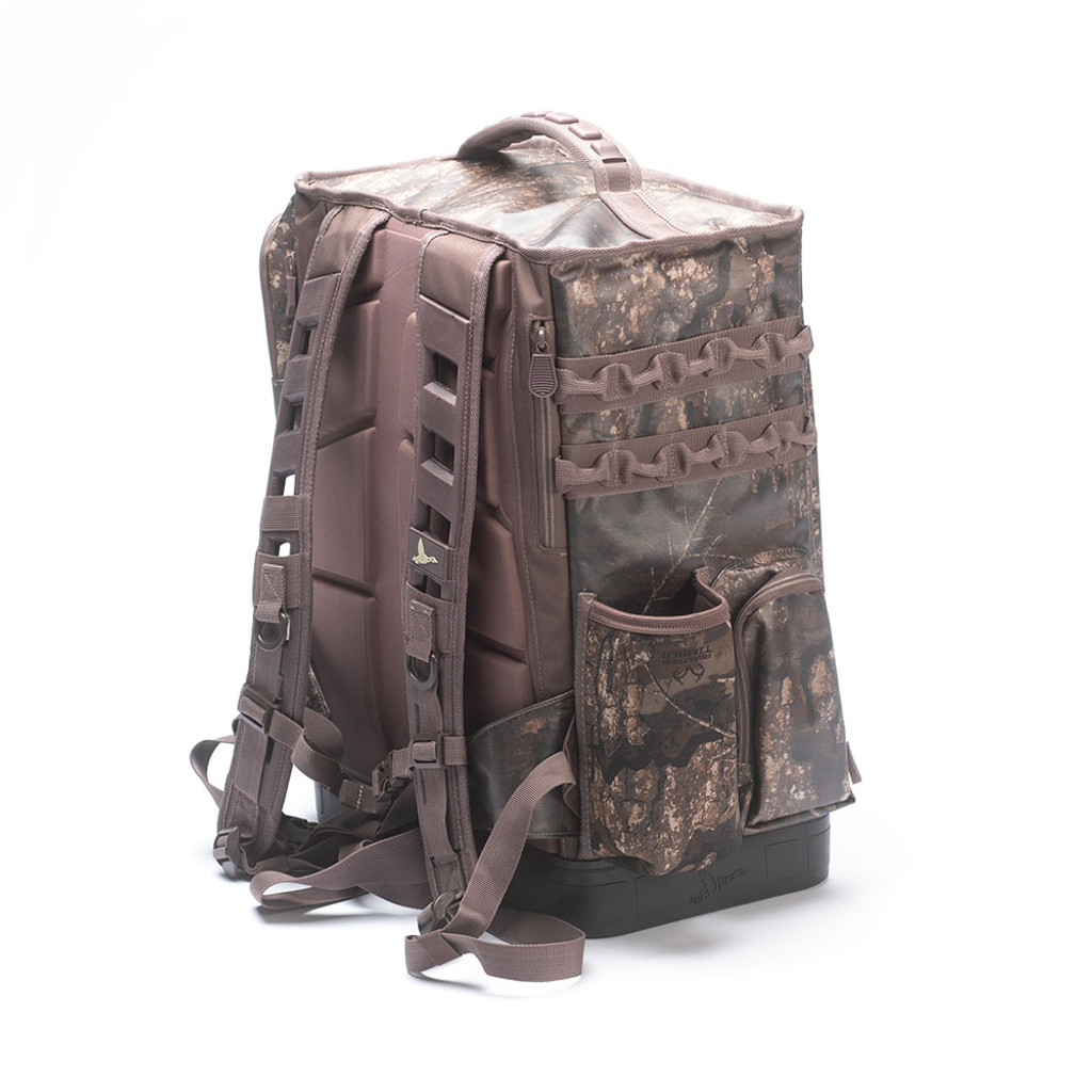 HUNT LOCKER BACKPACK
