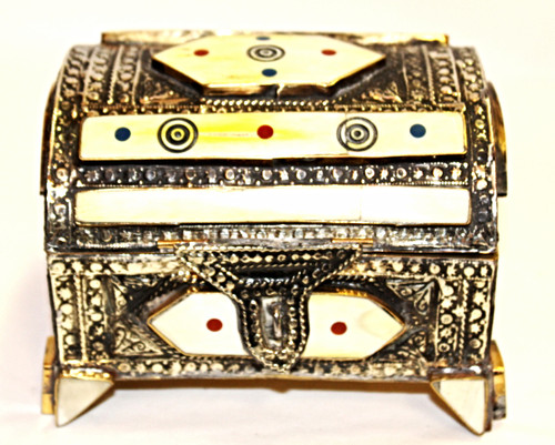 Moroccan Camel Bone Box/01
