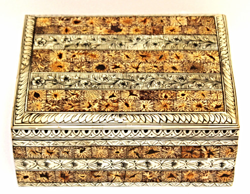 box, trunk, organizer, jewelry box, painted box, trinket box, painted jewelry box, camel bone, beautiful box, beautiful organizer,