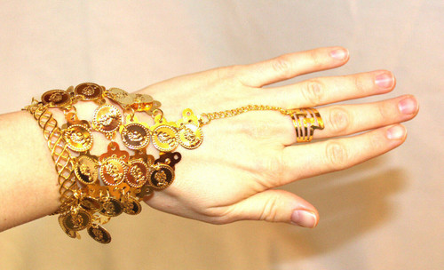 Belly Dancing bracelet with ring gold color