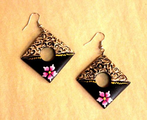 earrings, Wooden earrings, black earrings, handpainted, handmade, light weight earrings, painted earrings,
