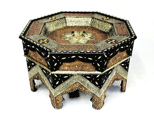 moroccan coffee table, moroccan center piece, center piece, moroccan furniture, moroccan table, high-end furniture, moroccan home decor, moroccan centerpiece, table moroccan, coffee table moroccan, hammered metal, eight point star, octagon table, camel bone inlay