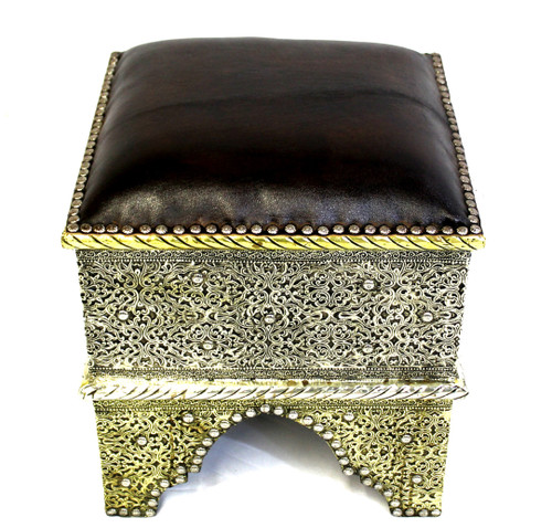 leather poof, leather stool, stool, poof, pouf, padded stool, ottoman, tuffet, tabouret, moroccan stool, moroccan ottoman, morocan tabouret, foot stool, low seat, low seat leather, moroccan furniture, high-end furniture, moroccan leather, moroccan seat, exclusive furniture, luxury furniture, handmade furniture