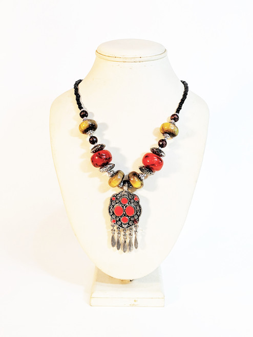 fashion jewelry, moroccan fashion jewelry, moroccan necklace, red necklace, red and brown, enameled jewelry, red enameled necklace, handmade, handmade jewelry, moroccan jewelry, african jewelry