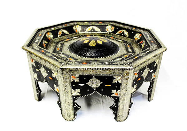 moroccan coffee table, moroccan center piece, center piece, moroccan furniture, moroccan table, high-end furniture, moroccan home decor, centerpiece, moroccan centerpiece, sofa table, exclusive furniture, handmade furniture, octagon table, eight-point star, moroccan home design, black coffee table