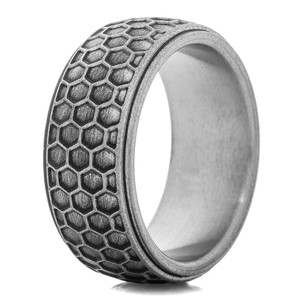The Hornet Titanium Ring