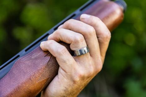 Men's Titanium Duck Hunting Scene Wedding Ring