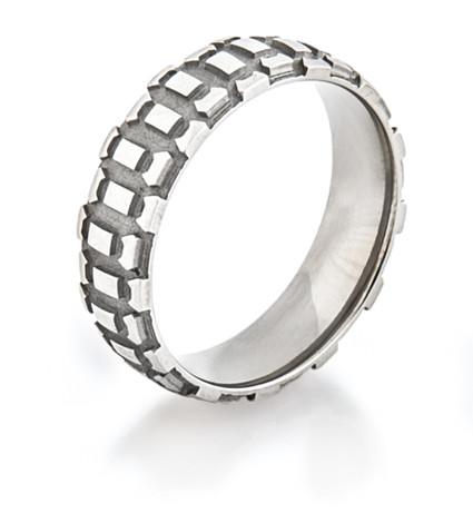 Men's Titanium Motorcycle Tread Ring
