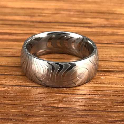 Men's Tiger Stripe Damascus Steel Wedding Ring