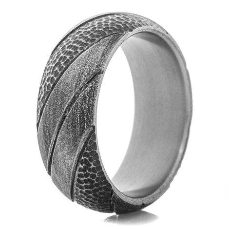 Men's Titanium Hammered Stripe Ring- Gunmetal Finish