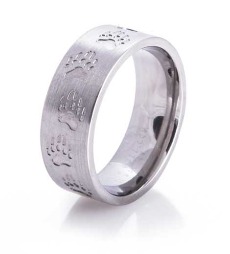 Men's Titanium Bear Tracks Wedding Ring
