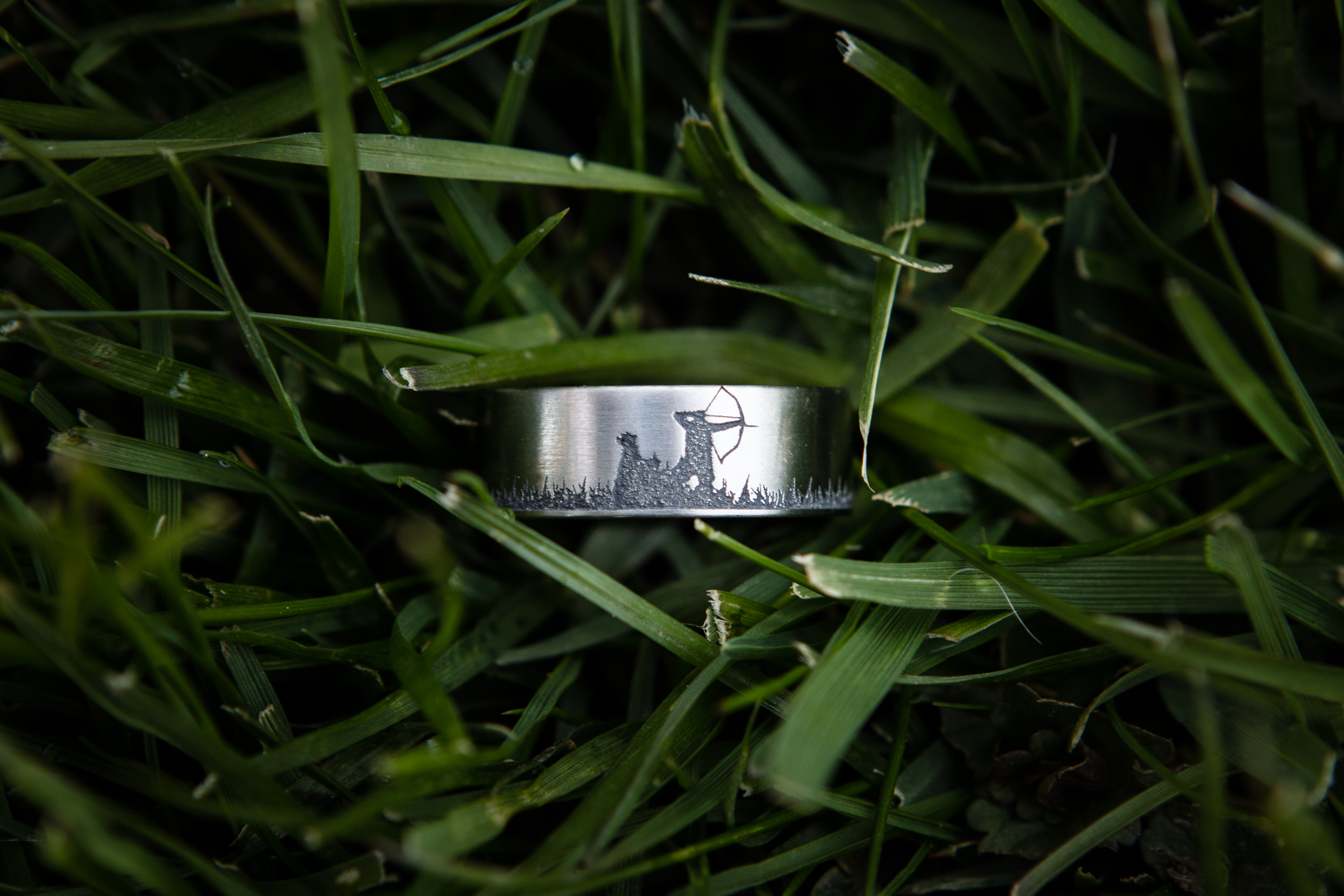 Men's Laser-Carved Titanium Fishing and Deer Hunting Wedding Ring