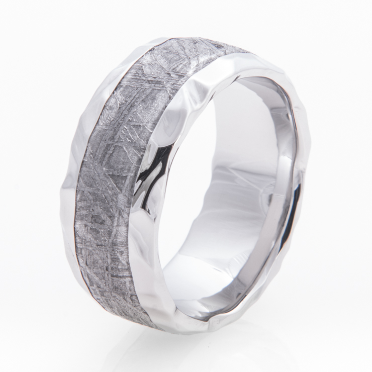 Men's Hammered Cobalt Gibeon Meteorite Ring