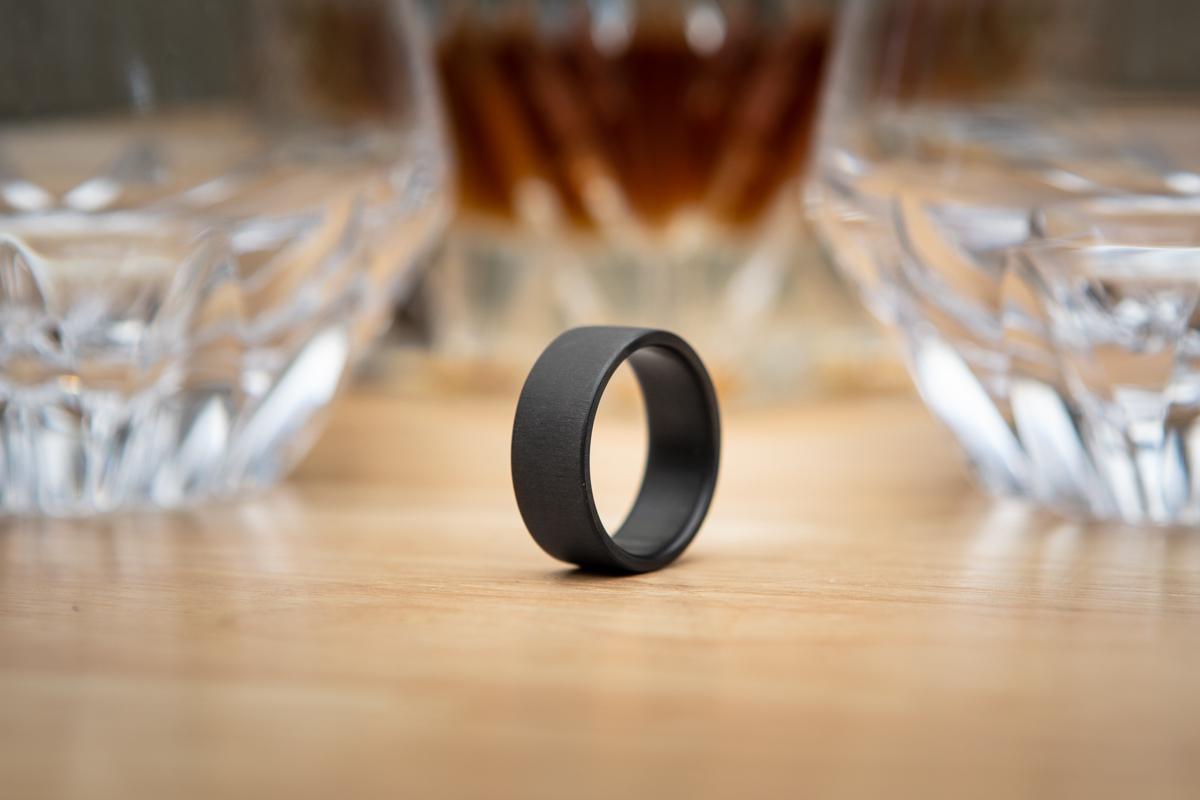 Men's Black Uni-Directional Carbon Fiber Ring