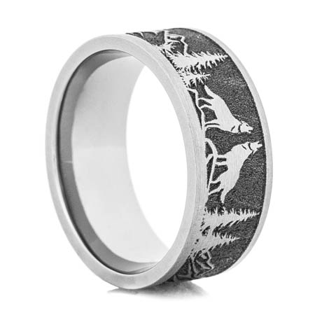 Men's Laser-Carved Titanium Wolf Ring