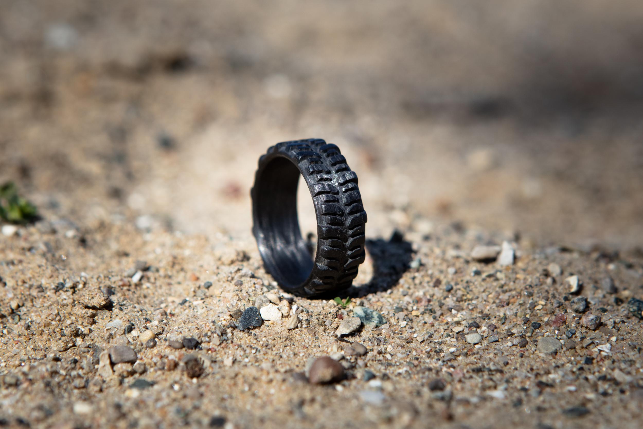 Men's Carbon Fiber Interco TSL Swamper Tread Ring