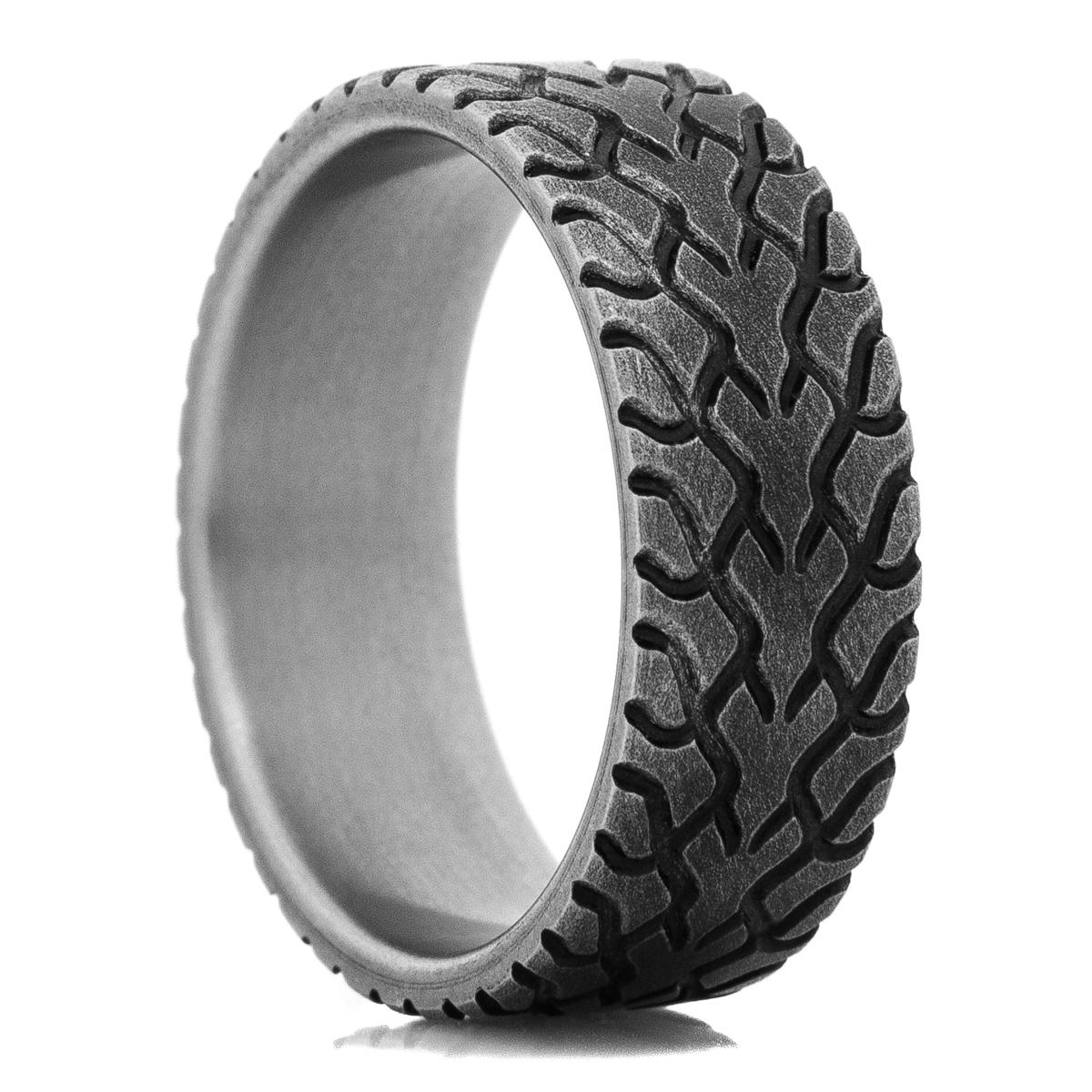 Men's Titanium Drag Radial Tire Tread