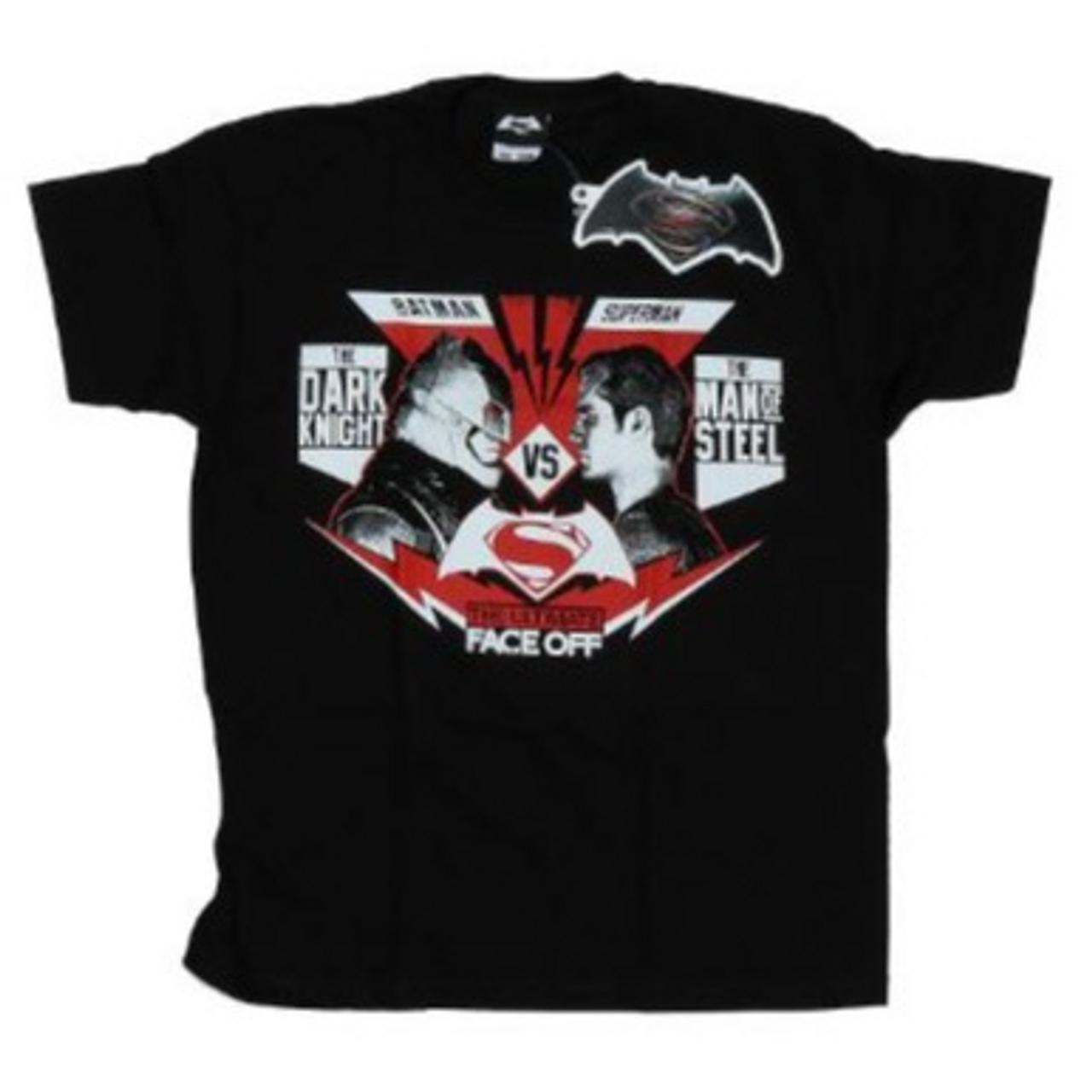 DC Comics - Batman v Superman Face Off T-Shirt - SIZE SMALL