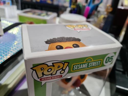 Funko Pop! Sesame Street - ERNIE (FLOCKED) (05)