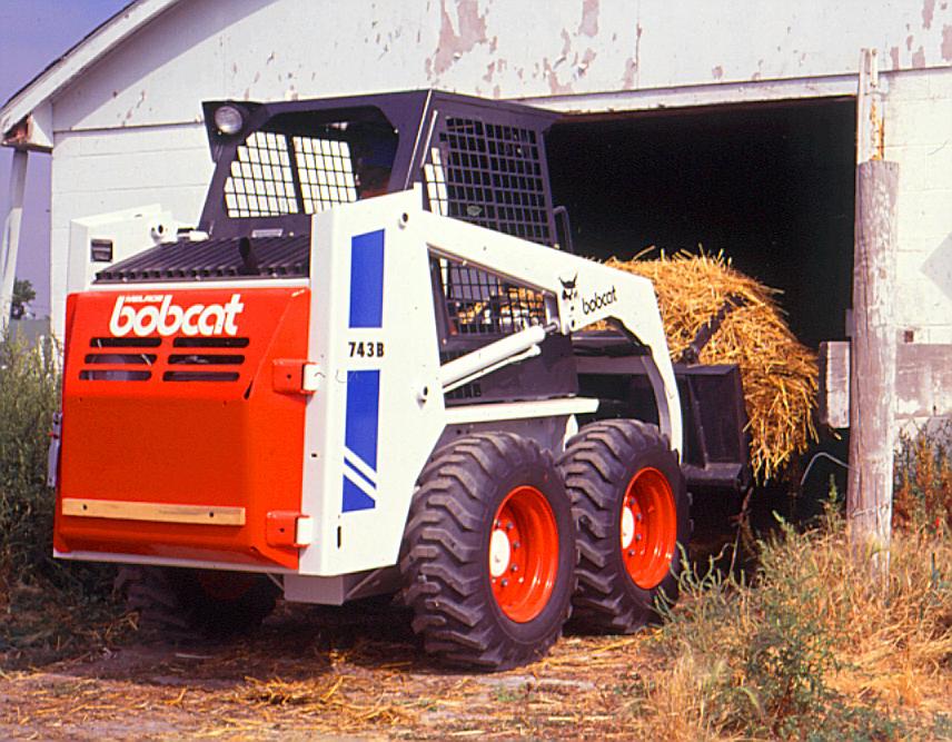 Bobcat® Skid Steer 743 Specifications